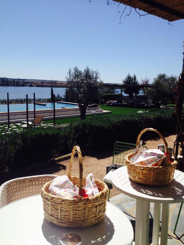 pequeno almoço, casas de juromenha, portugal, alentejo