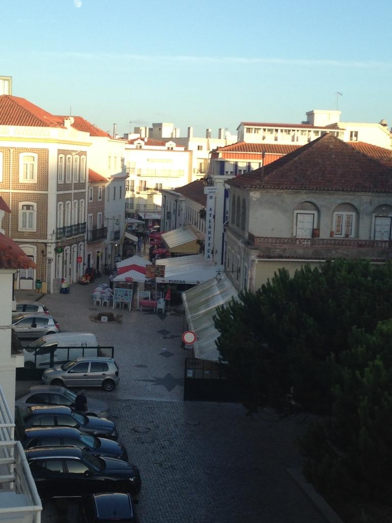 rua dos cafes, são martinho do porto