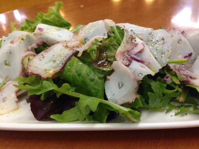 Carpaccio de Polvo, salada de carpaccio, polvo, fatias finas de polvo, octupus, light, comida, comida saudavel, receitas, crucompinta, cozinhar, fitness