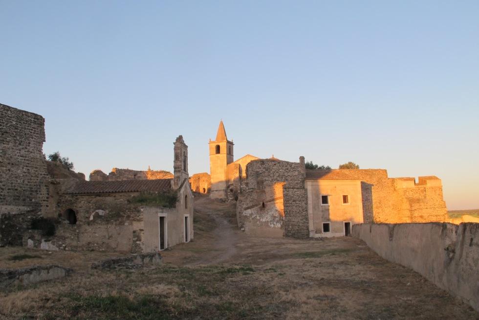 dentro do castelo, castelo, juromenha, vista castelo, portugal, alqueva, guadiana, rio, f