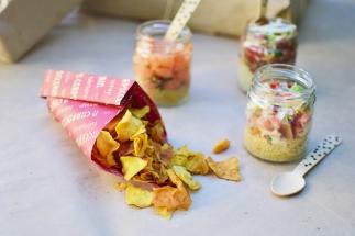Frascos de Tártaro & Ceviche com chips de batata doce d´ A Carpacceria.