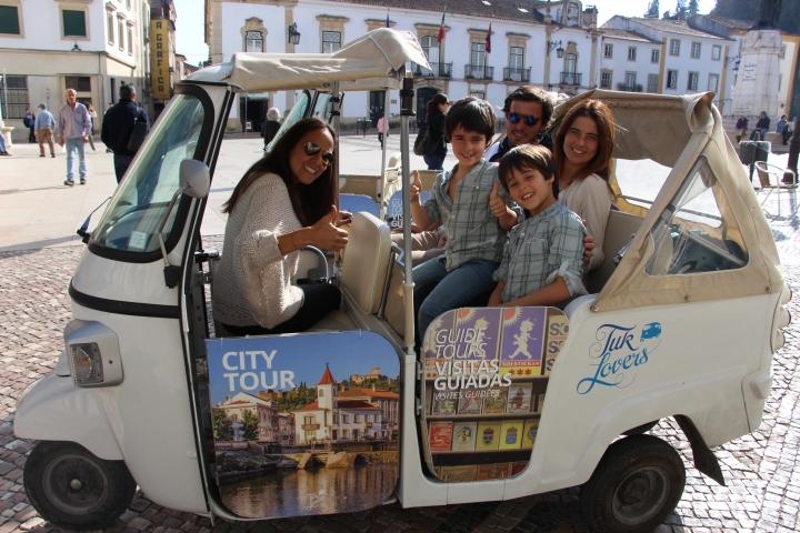 City Tour. Tuk Tuk. Tomar. Portugal. Cru com pinta.