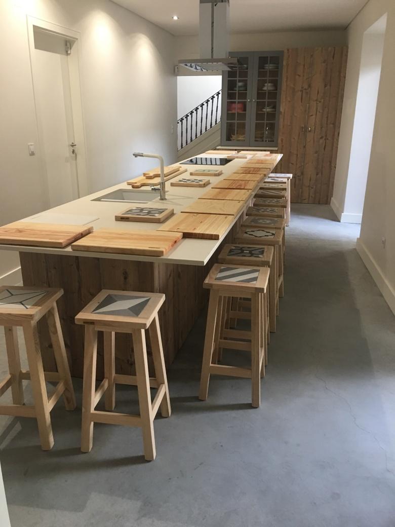 Cru kitchen