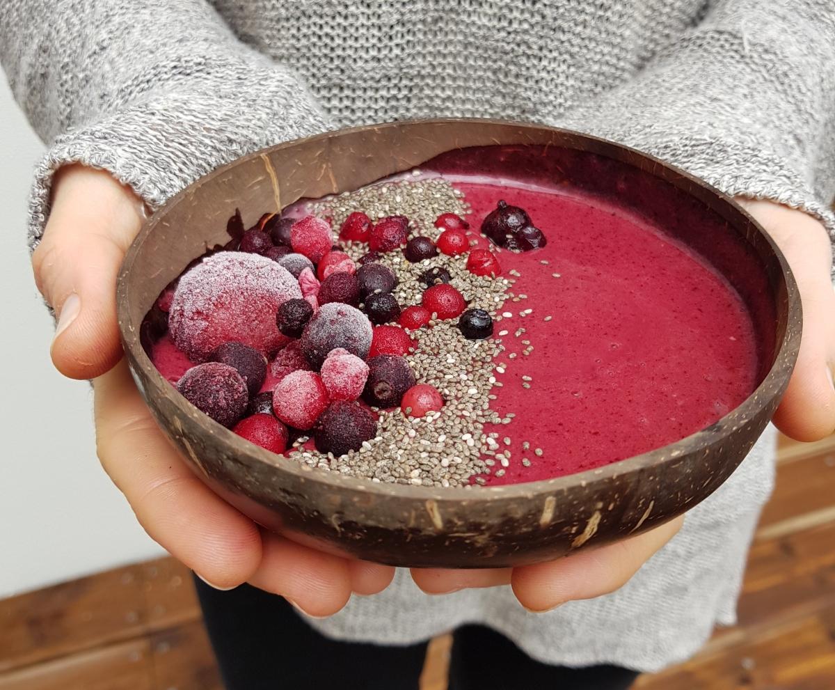 Bowl de frutos vermelhos e chia
