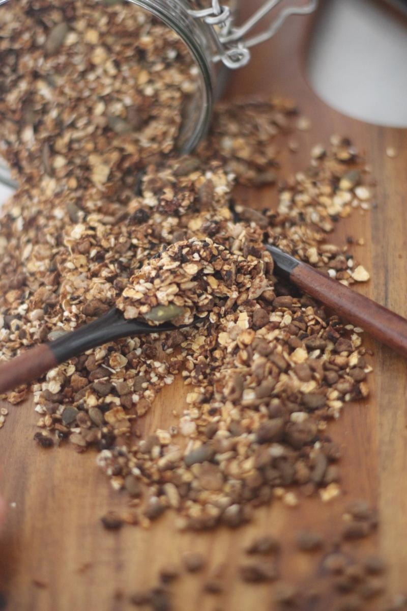 Granola de Cacau, baunilha e Mel